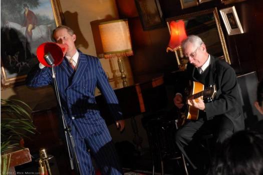 "Greg Poppleton singing ""Tip Toe Through The Tulips"" in the Victoria Room, Darlinghurst"