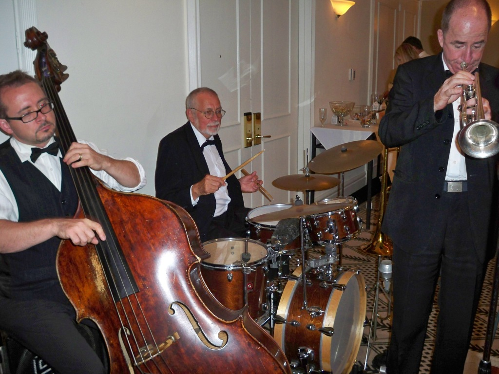 Bakelite Jazz at Kate & Andrew's Wedding