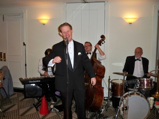 Greg Poppleton singing with Greg Poppleton and the Bakelite Broadcasters at Kate & Andrew's Wedding, Lillianfels