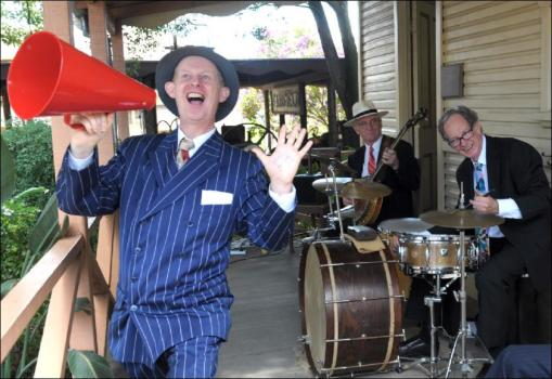 Greg Poppleton with the Bakelite Broadcasters at the Fairfield Regional Museum Open Day