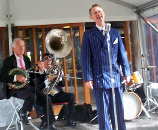 Greg Poppleton and the Bakelite Broadcasters at the Fairfield Museum Open Day singing the songs of the 1920s