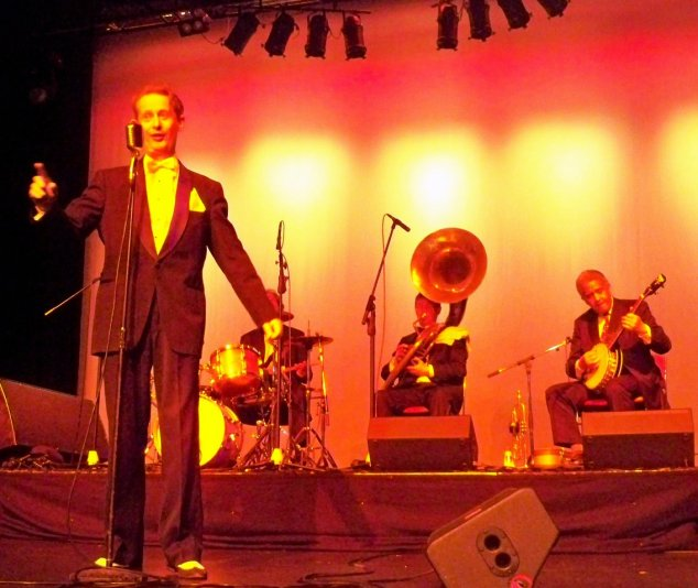 Greg Poppleton and the Bakelite Broadcasters at the Ozwac 1920s Gala Ball, Penrith Panthers