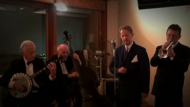 Greg Poppleton and the Bakelite Broadcasters - singing and playing the songs that made the Roaring 20s roar at a Murder Mystery Fun 1920s theme birthday party
