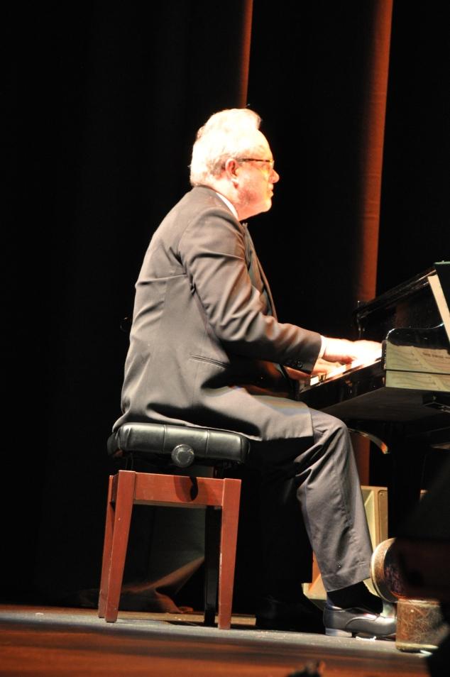 Tony Gardner, piano
