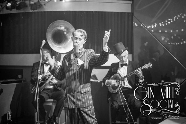 Greg Poppleton, authentic 1920s singer and his Bakelite Broadcasters. The Kings of Frantica Antica at the Gin Mill Social, The Rocks Village Bizarre, every Friday 7 - 28 Nov. Followed by the Emma Hamilton Trio, Fridays in December.