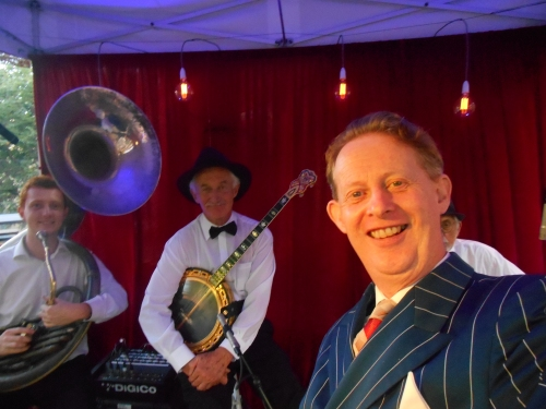 A quick selfie. Well all the kids are doing it. Then off we go, Greg Poppleton and the Bakelite Broadcasters playing 1920s hot jazz and 1930s swing at The Gin Mill Social at The Rocks Village Bizarre. (l-r) Greg Chilcott, Paul Baker, Greg Poppleton with Laurie Bennett peaking behind.
