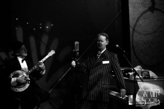 Greg Poppleton, 1920s singer, with the Bakelite Broadcasters (you can see Paul Baker on banjo), opens the 11 September Gin Mill Social with a solid 75 minute set of upbeat 1920s classics.