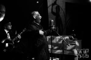 Greg Poppleton 1920s singer with Paul Baker banjo