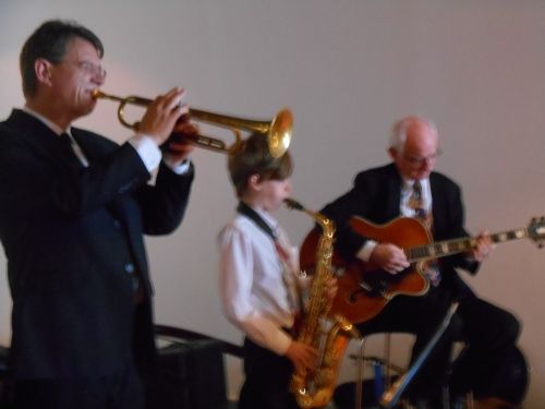 Sunday Jazz with Greg Poppleton and the Bakelite Broadcasters at Cronulla RSL