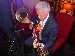 Chuck Morgan, guitar