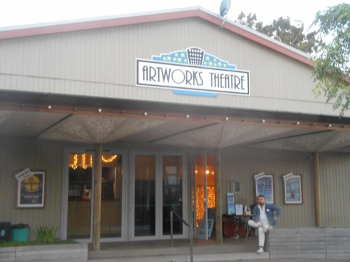 Artworks Theatre, Oneroa. First Waiheke gig for Greg Poppleton and the Bakelite Broadcasters