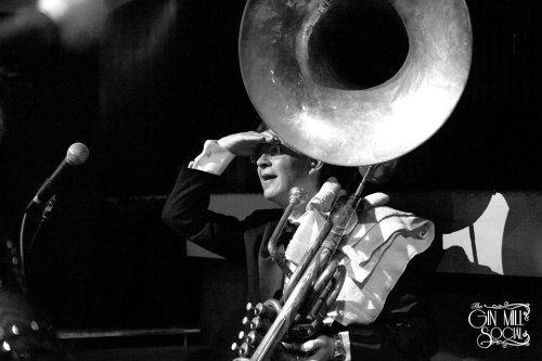 Geoff Power, sousaphone and trumpet in Greg Poppleton and the Bakelite Broadcasters
