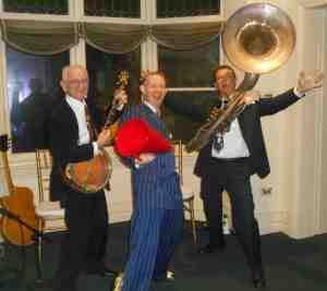 The 1920s jazz trio: Grahame Conlon guitar, Greg Poppleton 1920s vocals and megaphone, Geoff Power sousaphone