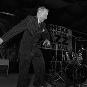 Greg Poppleton, 1920s-30s singer with Greg Poppleton and the Bakelite Broadcasters, dancing on stage at the Grand Finale, 2016 Waiheke International Jazz Festival