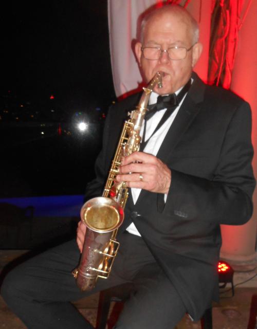Glenn Henrich, alto sax, clarinet, vintage 1930s Selmer baritone sax and jazz piccolo!