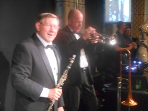 Paul Furniss clarinet and alto sax. Al Davey trumpet and trombone.
