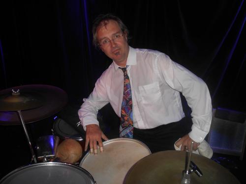 adam-barnard-drums-and-washboard