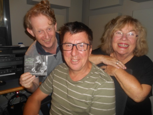 Greg Poppleton holding Back In Your Own Backyard album with Peter Nelson and Susan Gai Dowling talking about Greg's Foundry 616 show on Australian Jazz Scene, Mondays 10pm, 102.5 Fine Music