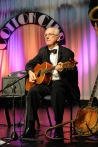 Grahame Conlon guitar: Greg Poppleton and the Bakelite Broadcasters Photo: MOBILE NO. 0425292809 EMAIL: michael@hennos.com