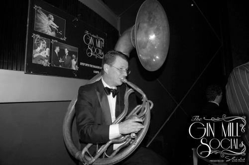 Geoff Power in the Bakelite Broadcasters on the mighty sousaphone!!