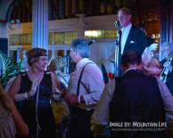 Greg Poppleton singing to dancers at the 2016 Great Art Deco Ball