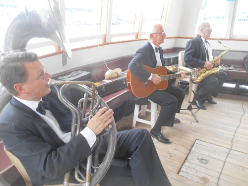 Greg Poppleton 1920s Trio accompanying Greg for Stephanie's and Jared's wedding. (L-r) Geoff Power (sousaphone) Grahame Conlon (guitar doubling banjo) Jim Elliott (tenor sax).