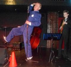 Greg Poppleton singing Ich bin von Kopf bis Fuss auf Liebe eingestellt with Damon Poppleton soprano sax