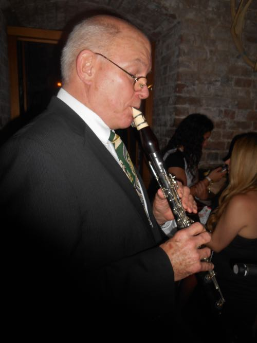 Glenn Henrich, clarinet, with Greg Poppleton at Palmer and Co.. (He also plays vibes for James Morrison)