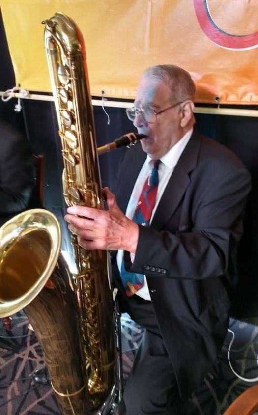 Jim Elliott, bass sax