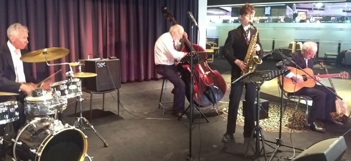 The Greg Poppleton band for the 11 Nov concert - Bob Gillespie drums, Stan Kenton double bass, Damon Poppleton alto sax and Grahame Conlon guitar doubling banjo.