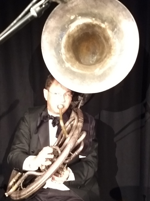 Geoff Power doubled sousaphone and cornet with the Greg Poppleton band