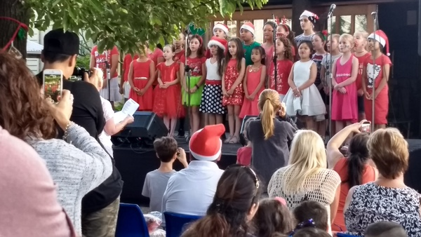 Rounding off the community choirs before Greg Poppleton returned on stage with a closing set of 1920s-30s songs and Xmas carols were the children from the William Stimson Public School Choir in Wetherill Park, conducted by music teacher Allanah Falappi with a festive medley.