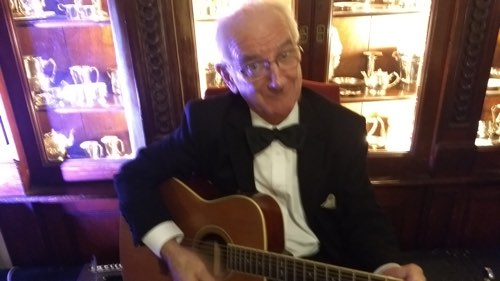 Grahame Conlon doubled Spanish guitar and banjo.