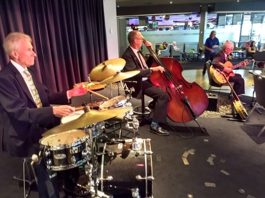 Greg Poppleton jazz trio. Bob Gillespie drums, Dave Clayton double bass, Grahame Conlon guitar