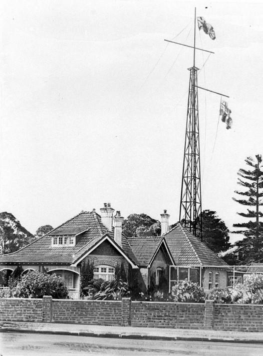 Radio mast at Sir Ernest Fisk's home in Wahroonga, Sydney 1918